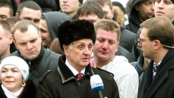 Желающие пообщаться с Януковичем
