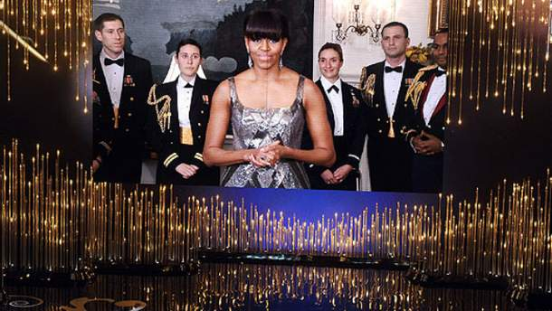 """Для иранских зрителей прикрыли обнаженные плечи Мишель Обамы на """"Оскаре"""" (Фото)"""