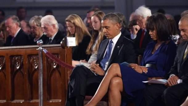 Барак Обама під час молебня