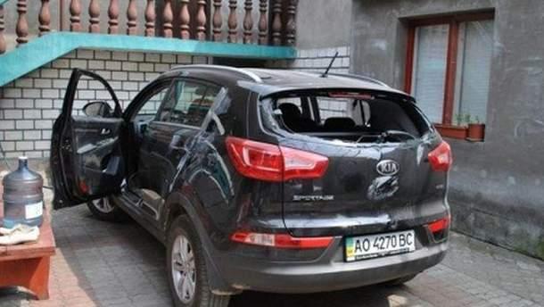 Машина депутата після нападу