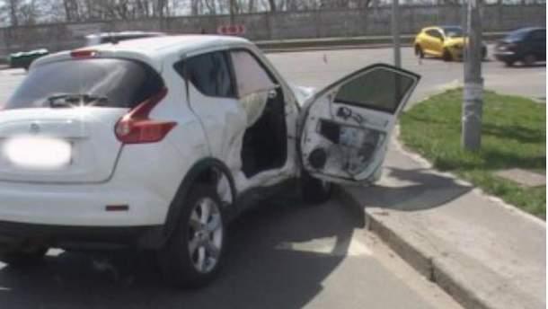 У Києві зіштовхнулися дві автівки (Фото)