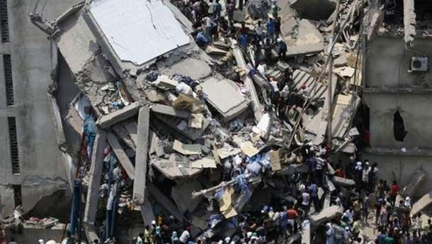 Обвал фабрики в Бангладеш