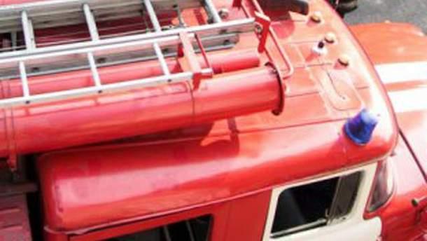 До місця події направили 9 пожежних машин