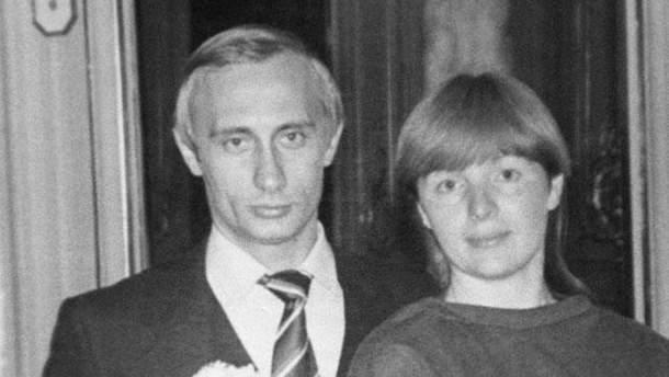 Супруги Путиных вскоре после свадьбы