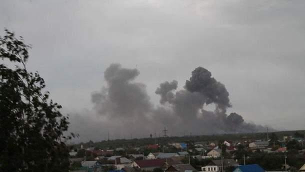 Взрывы на складе