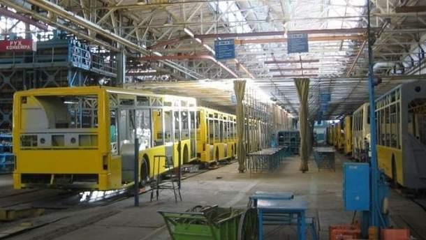 Цех Львовского автобусного завода