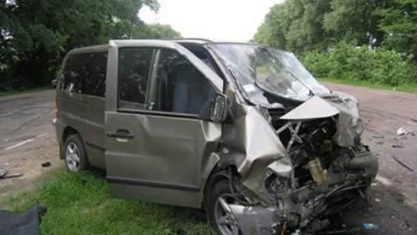 В ужасной аварии на Житомирщине погибли супруги