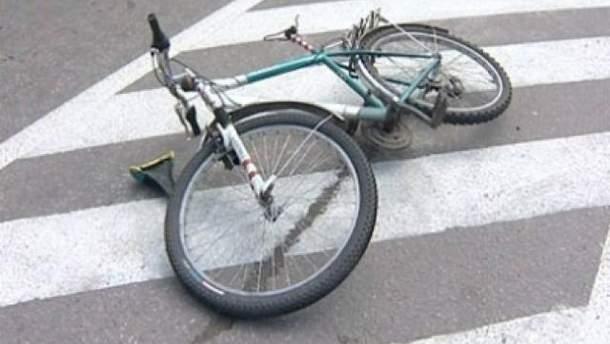 В Черкасской области авто насмерть сбило летнего велосипедиста
