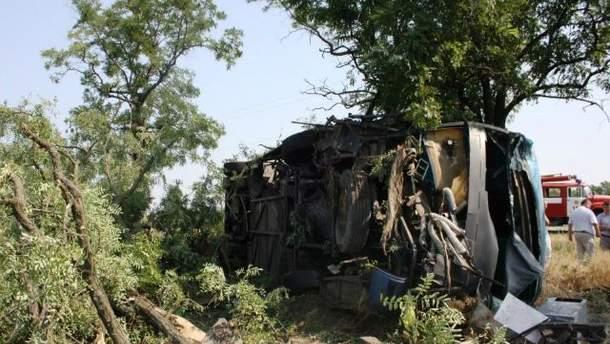 В Запорожской области перевернулся автобус с пассажирами