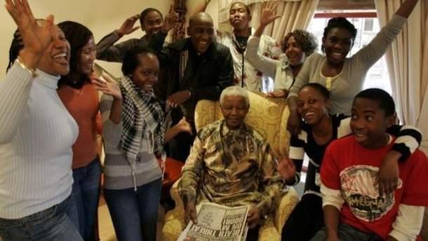Нельсон Мандела з родиною