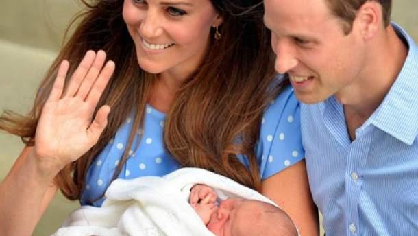 Кейт Миддлтон и принц Уильям с сыном