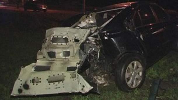 Авто після аварії на вулиці Протасів Яр