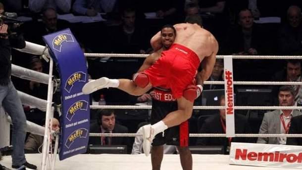 Чемберс против Кличко