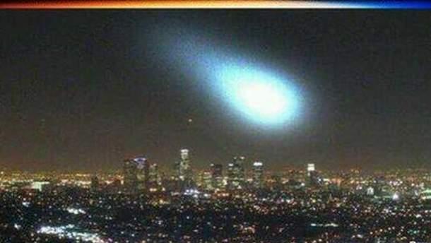 Невідомий об'єкт над Лос-Анджелесом