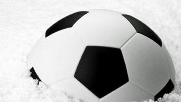 Футбольний м'яч