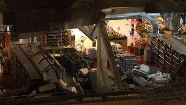 Завалився дах супермаркету