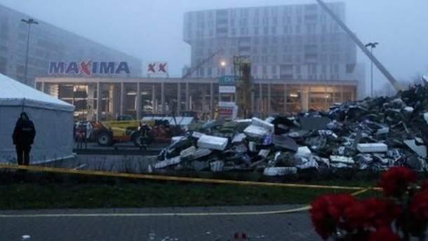 Под завалами в супермаркете погибли 54 человека