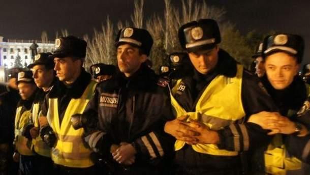 Міліція на мітингу в Миколаєві