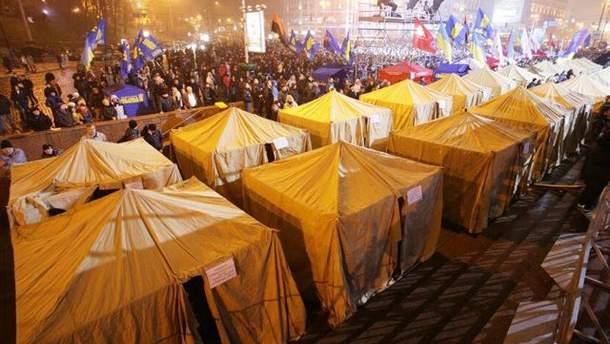 Наметове містечко на Євромайдані у Києві