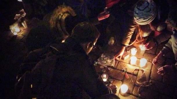 Свічки на Михайлівській