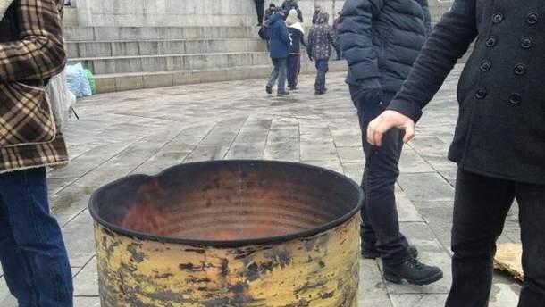 Бочка для обогрева на Евромайдане
