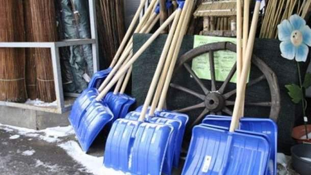 Снегоуборочные лопаты