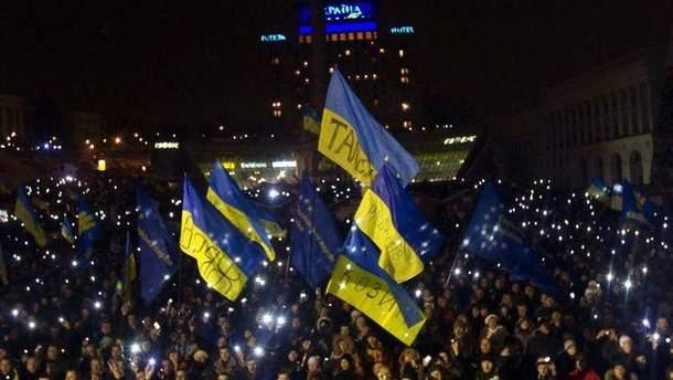 Евромайдан ночью