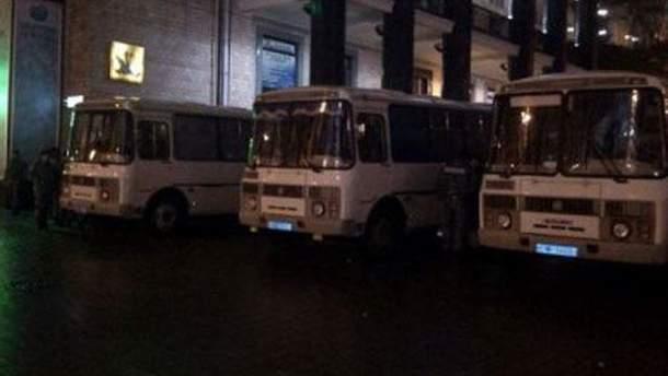 "Автобусы ""Беркута"""