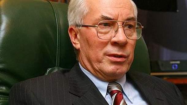 Азаров сумнівається в санкціях