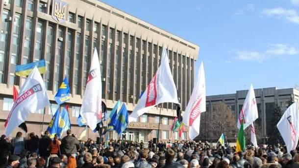 Запорожский Евромайдан не расходится