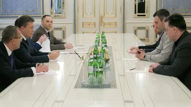 Пререговори лідерів опозиції з президентом