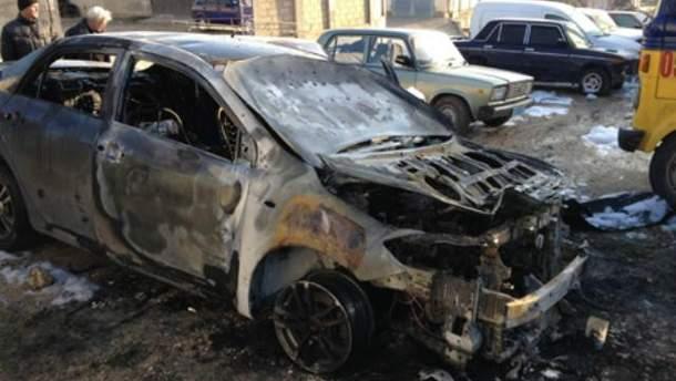 Сожгли авто Дмитрия Белоцерковца