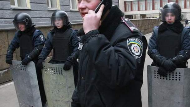 Міліціонери в Донецьку