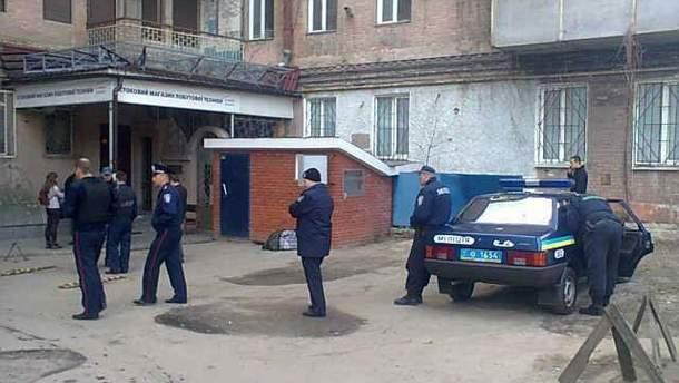 """Міліція біля офісу """"Боротьби"""" у Харкові"""