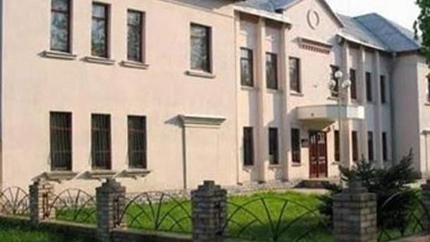 Обстреляли здание прокуратуры