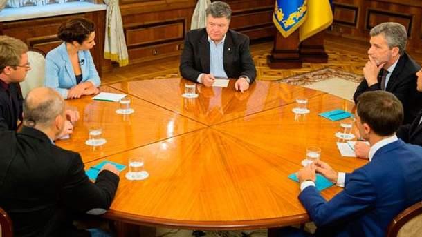 Петро Порошенко дає інтерв'ю