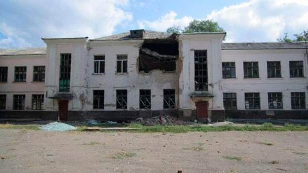 Школа в Луганске