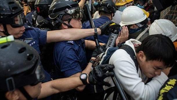 Протистояння в Гонконзі