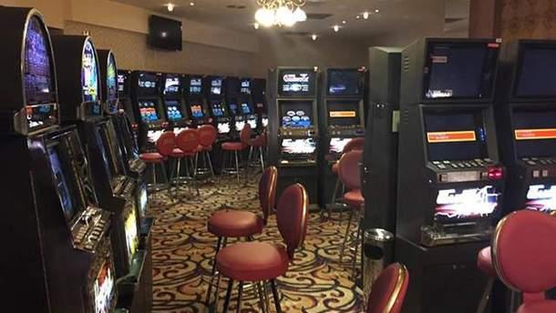 Зал ігрових автоматів