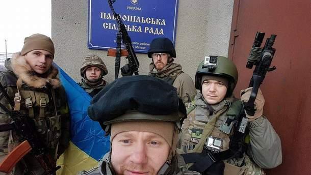 "Бійці ""Азова"" у Павлополі"