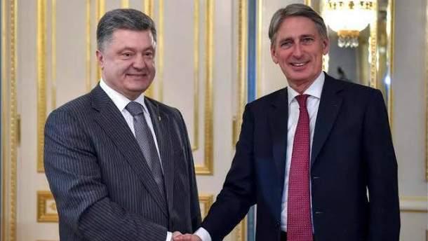 Петр Порошенко, Филипп Хэммонд