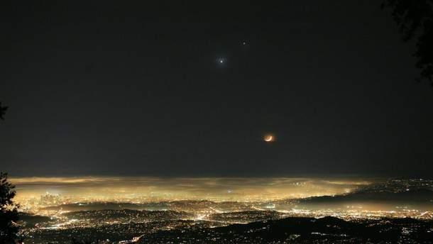 Венера в ночном небе
