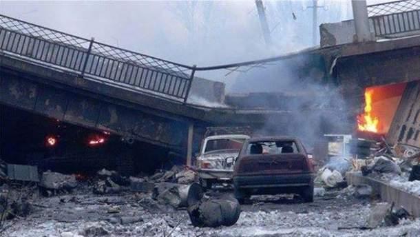 Мост на Путиловской развязке в Донецке