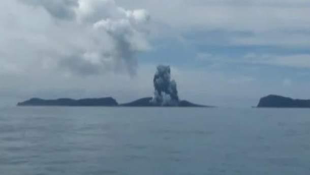 Новий острів у Тихому океані
