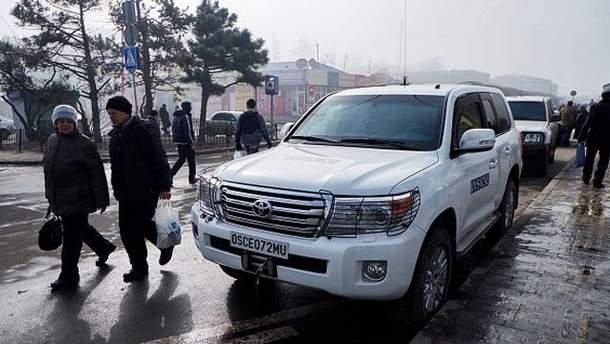 Машина миссии ОБСЕ на Донбассе