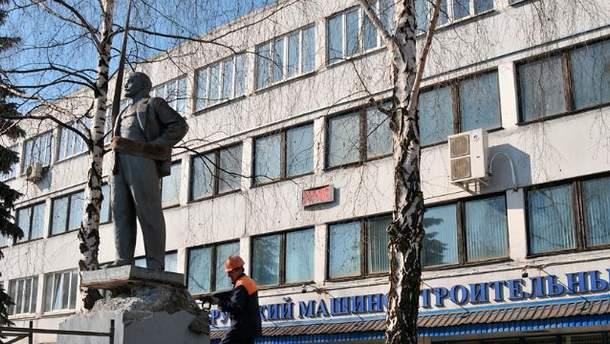 У Білорусі демонтували пам'ятник Леніну