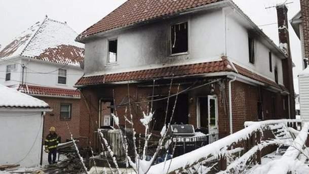 Згорілий будинок