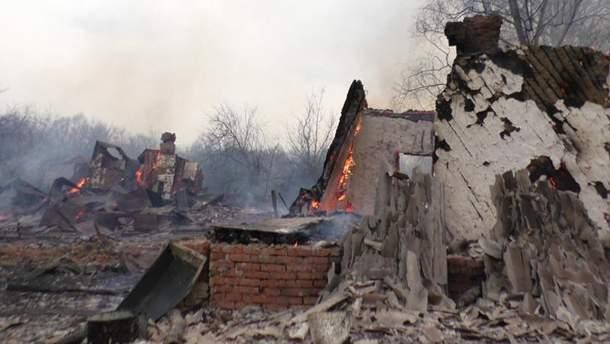 Згорілі будівлі
