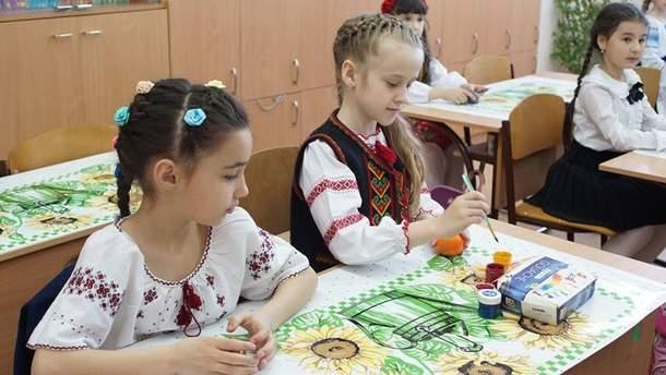 Бывшая украинская гимназия в Симферополе
