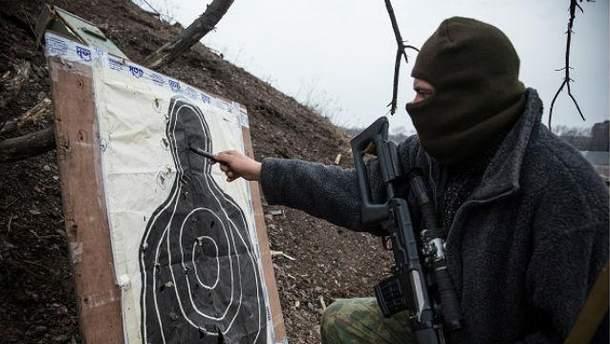 Боевики ворвались в квартиру помощника Таруты